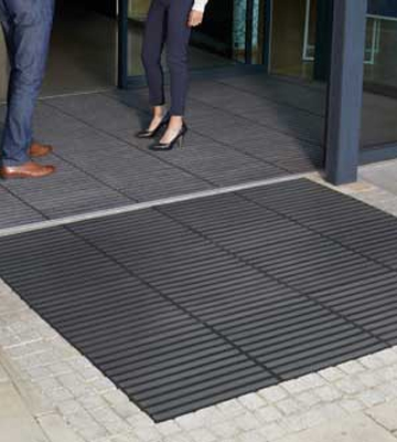 Surewalk Concourse Heavy Duty All Weather Matting Module
